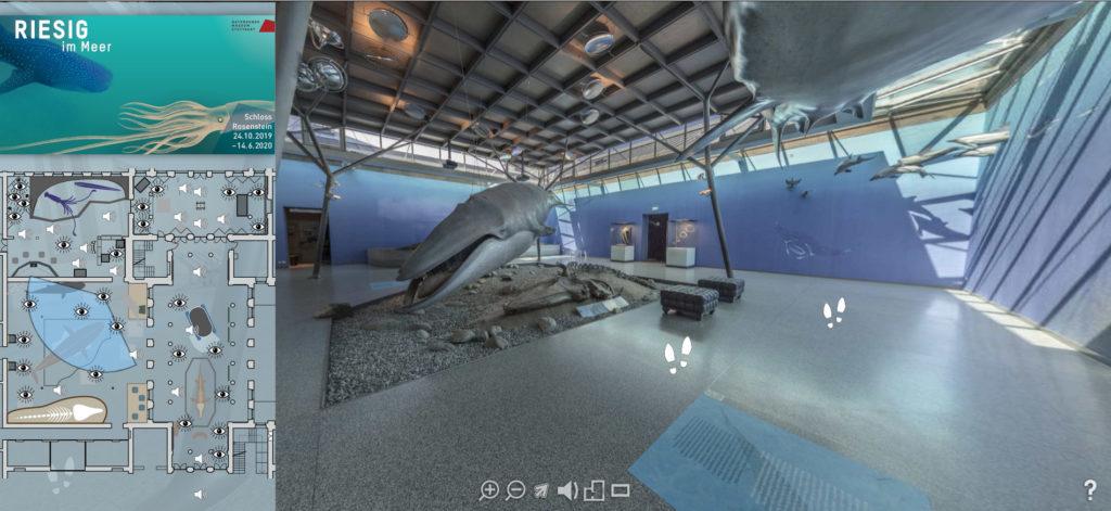 """Screenshot vom Virtuellen Rundgang """"Riesig im Meer"""" am SMNS. Links im Bild ein Selwal, am Rand die Übersichtskarte."""