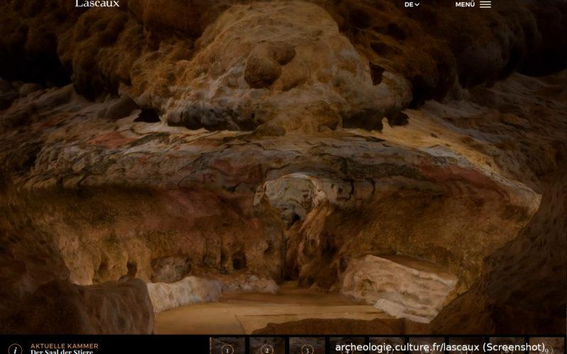 """Blick in den """"Saal der Stiere"""" der Höhle von Lascaux. Screenshot von archeologie.culture.fr/lascaux des Französcischen Kulturministeriums (CC-BY-SA 3.0)."""